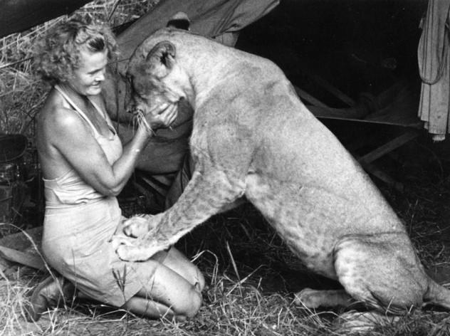 Joy Adamsonová se svou lvicí Elsou