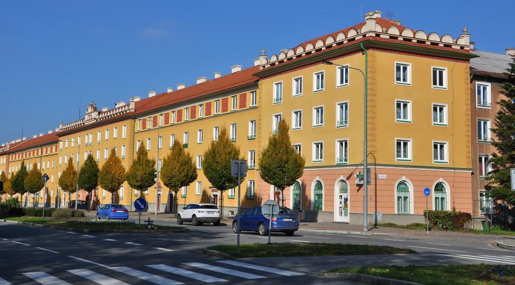 Hlavní ulice Havířova má rozměry bulváru.