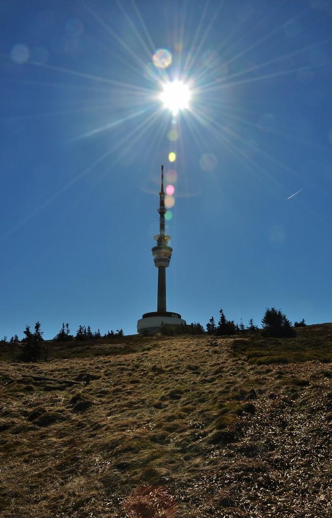 Už to nebude dlouho trvat a užijeme si jarního slunce, a to nejen na Pradědu, kde vznikl tento snímek.