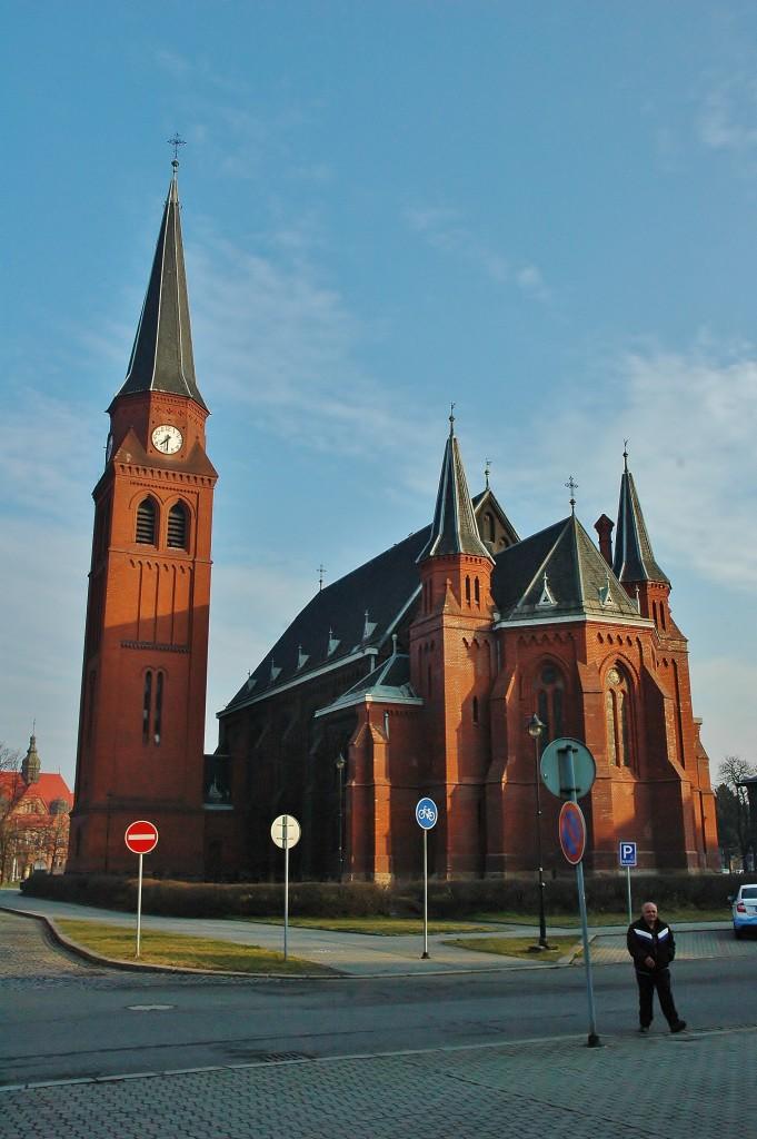 Kostel svatého Petra a Pavla ve Vítkovicích.