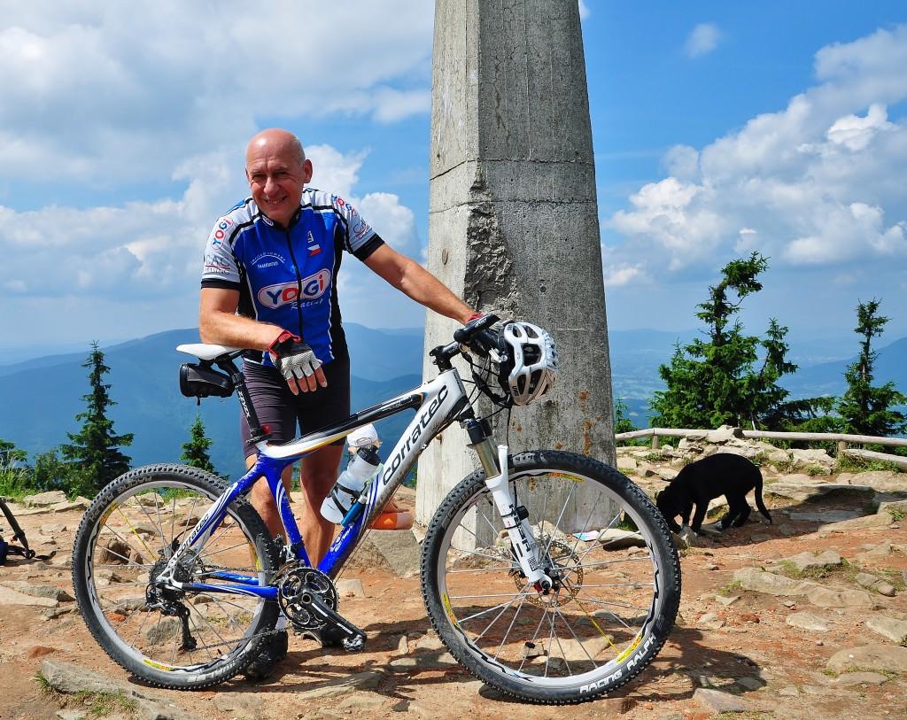 Jsem na vrcholu Moravskoslezských Beskyd i na vrcholu blaha... Mám to za sebou.