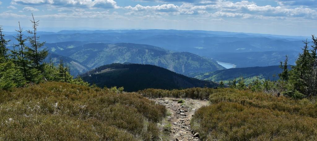 Výhledy z Lysé hory jsou impozantní.