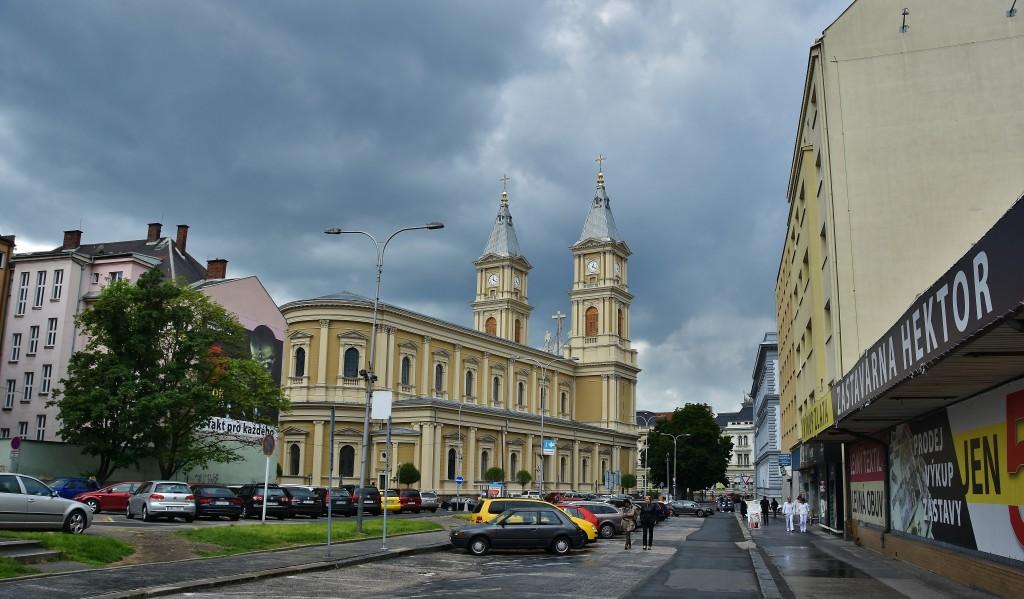 Nová fasáda katedrály Božského spasitele se povedla.