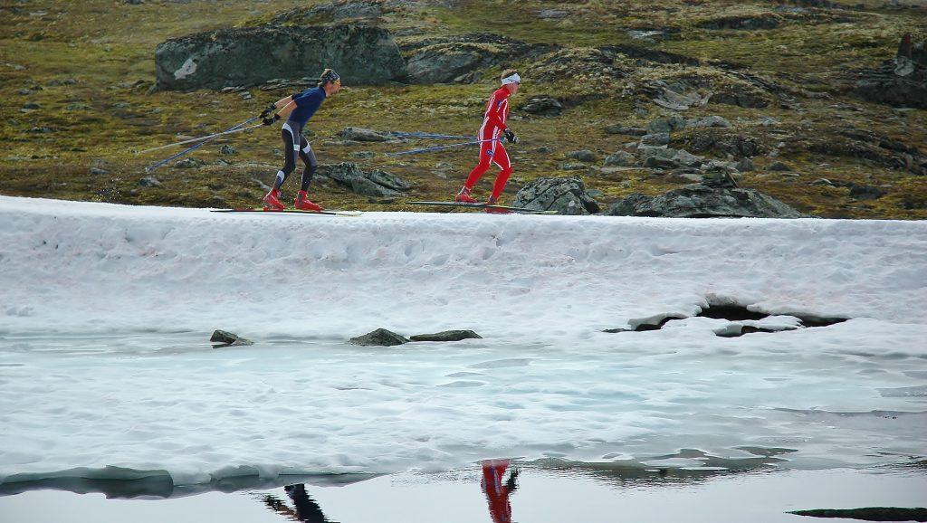 """Červenec v Norsku. Tito """"kluci"""" se už těší na nový sníh. Divte se pak, že Norové jsou absolutní špička."""