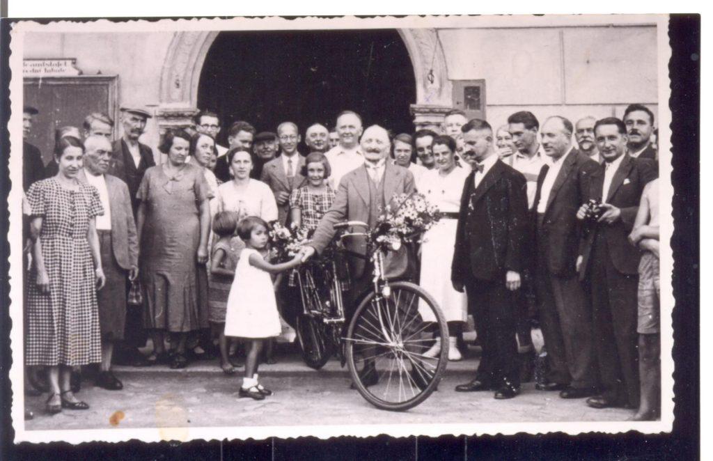 Originální fotografie z roku 1936, kdy Anton Gödrich vyrazil na kole na olympiádu do Berlína. Foto: archiv Pavlíny Ambrosch - Destinační management Poodří-Moravské Kravařsko.