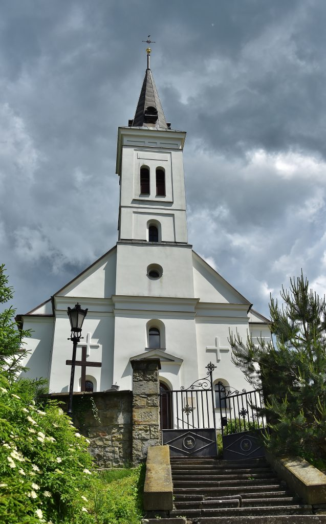 Kostel na Borové.